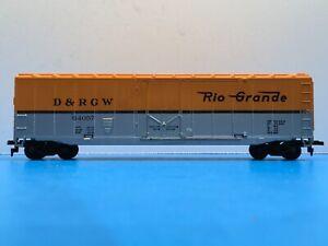 "HO Scale ""Denver & Rio Grande Western"" 64057 50 Foot Freight Train Box Car"