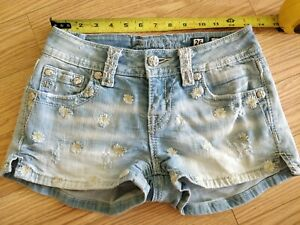 Miss Me Jean shorts Size 26 shortie denim shorts embroidered flower daisy