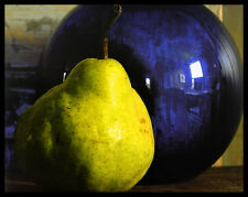 Adele Gold Pear with Blue Vase Poster Picture Art Print in Aluminium Frame 40x50cm