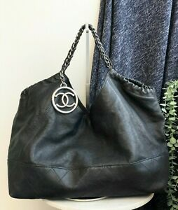 AUTH CHANEL BLACK VINTAGE SOFT LEATHER LARGE TOTE BAG SILVER HW WITH A POUCH