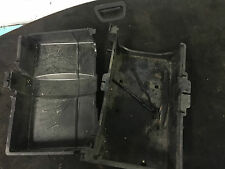 FORD MONDEO MK3 2.0 TD BATTERY TRAY AND CLAMP AND LID