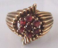 Vintage 9ct yelow gold multi round garnet cluster ring size P