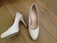 NUDE PATENT HIGH HEELS COURT SHOES SZ 4 37 VERY GOOD USED CONDITION