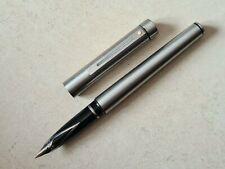 Stylo plume vulpen fountain pen fullhalter penna SHEAFFER TARGA nib writing 鋼筆