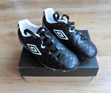Boys Umbro Speciali Football Boots - Size UK12 EU31  - New with Box