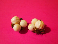 Vintage White Wired Plastic Beaded Retro 50's 60's Fashion Clip-On Earrings