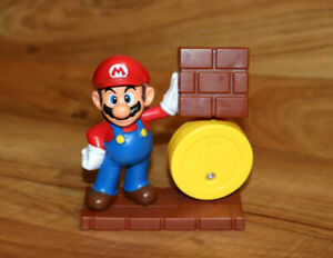 Super Mario with Coin mini Figure Statue Nintendo 2013 McDonalds