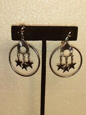 Circle With Stars Clip On Earrings Pair Of Vintage Silver Tone Dangle