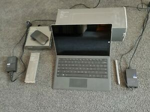Microsoft Surface Pro 3, intel i5,128GB,4GB RAM, Win 8.1, dock, keyboard, pen