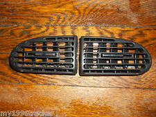 2000-2005 DODGE NEON CENTER DASH HEATER VENTS 00-05 SRT4 01 02 03 04 LOUVERS
