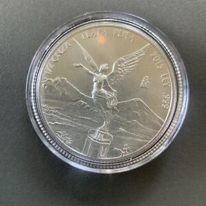 2015 Libertad 1/2oz Silver in capsule Nice coin Toning Started 16,000 Minted