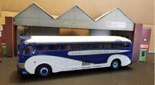 Corgi 53901(N) Yellow Coach 743 Bus  1/50 Greyhound Union Pac. Chicago N'Western