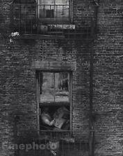 1922/63 Vintage 11x14 NEW YORK CITY Man Reading Paper Photo Art EDWARD STEICHEN