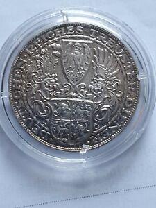 Reichspräsident Hindenburg**Silber*1927*D* Medaille