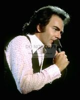 DUKE ELLINGTON SITS AT PIANO IN KFG RADIO STUDIO BB-538 8X10 PUBLICITY PHOTO
