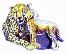 Embroidered Short-Sleeved T-Shirt - Cheetah and Cub Bt3641 Sizes S - Xxl