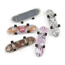 Skateboard Mitgebsel mit 4 Motiven 12 Stück für Kindergeburtstag