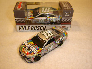 2020 KYLE BUSCH #18 SKITTLES ZOMBIE TOYOTA 1/64 ACTION LIONEL NEW IN STOCK