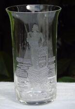 Beau verre à orangeade en cristal gravé, décor de Jeanne d'Arc