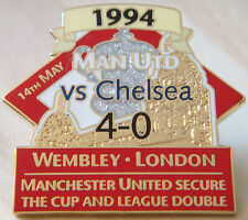 MANCHESTER UNITED v CHELSEA Victory Pins 1994 FA CUP Badge Danbury Mint
