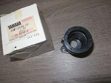Yamaha Ansaugstutzen Vergaserverbindung links FZR600 50PS 37KW Joint Carburetor