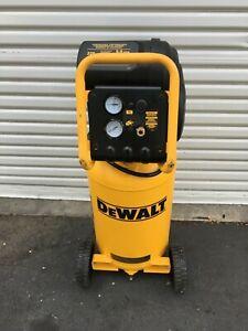 DeWalt D55168 1.6 Hp 225Psi 15Gallon Oil Free Vertical Portable Compressor GR
