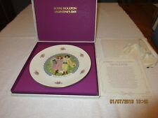 1976 Royal Doulton Valentine's Day Victorian Design Collector Plate