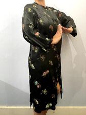 TRADITIONAL JAPANESE WOMAN KIMONO SILK FLORAL DRESS ROBE FROG CLOSURES GEISHA