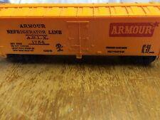 Armour Refrigerator Line ARLX 1754 H0 Scale Box Car by Mantua