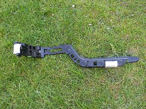 NEW GENUINE VW PASSAT ESTATE NEAR SIDE REAR SLIDDER BRACKET 3AF807393
