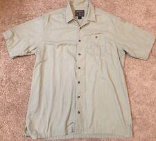 Woolrich Men's XL Full Button Short Sleeve Shirt