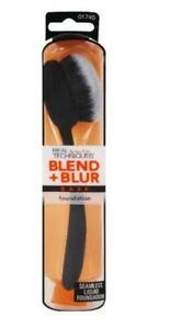 Real Techniques Makeup Brushes: Blend + Blur Foundation Brush NIB NEW RETAIL BOX