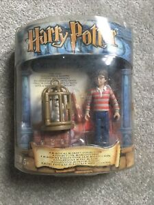 Mattel 2001 Harry Potter Magical Minis Collection - Kings Cross Station Figure