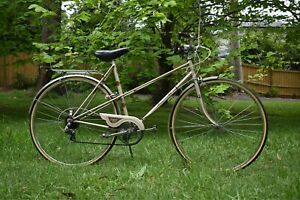 Vintage Raleigh Misty women's bicycle