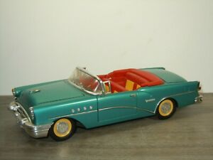 1955 Buick Century Cabriolet - Mira 1:18 *52761