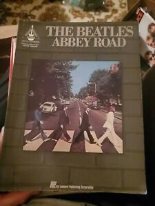 The Beatles abbey road guitar  tab book songbook