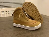 Nike Woodside 2 High (PS) Wheat/White Boy's Boots - Size 5 YOUTH NWB