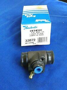 Bendix Rear Wheel Cylinders Left # 33871 Right # 33872 PAIR