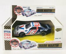 Road Champs Mark Martin Die Cast/PlastiC Stock Car Collection 1:43 Scale 1992