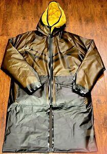 Men's Nike Shield Tech Pack Jacket Down-Fill Yellow Brown Size Medium CU3770-010