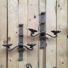 paire d'appliques en fonte de fer deux bras de lumière . XX siècle .