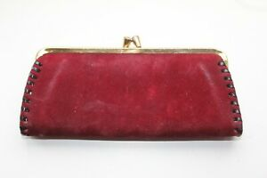 Lovely Vintage 1950/60's BURGUNDY SUEDE CLUTCH PURSE with KISS CLASP.