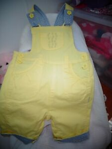 SUNNY YELLOW BABY TODDLER SHORT OVERALLS, PUMPKIN PATCH, SIZE 12 TO 18 MONTHS