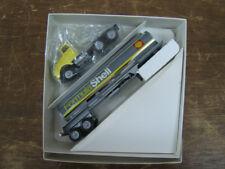 Winross  FormulaShell Shell Oil Company Chrome tanker truck 1994 MIB 1/64
