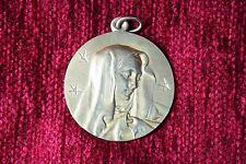 Medalla La Dolorosa. Latón. S.XX. La Dolorosa Medal. Brass.