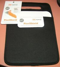 Speck PixelShield Carry Sleeve for Apple iPad, Protects Screen, Black Color, NEW