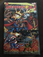 AVENGERS / JLA # 2<>MARVEL and DC COMICS<>BUSIEK / PEREZ<>2003<>nm(9.4) ~~