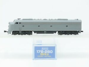 N Scale KATO 176-260 Undecorated E8/9A Diesel Locomotive