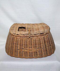 Wicker Fishing Creel ~ Round Handle & Wood Hook Vintage Rustic