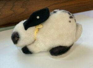 Steiff Bunny Rabbit with Metal Tag (Cursive) 7 inches long
